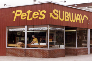 Primeiro restaurante da franquia Subway, Pete´s Subway